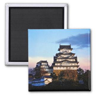 Castillo de Himeji en la salida del sol Imanes