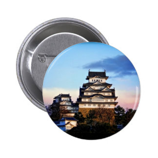 Castillo de Himeji en la salida del sol Pin Redondo De 2 Pulgadas