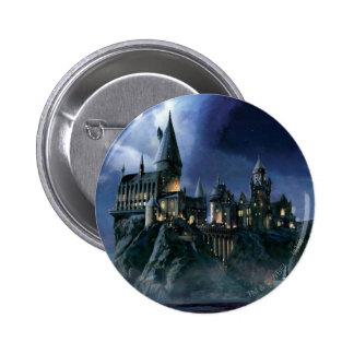 Castillo de Hogwarts en la noche Pin Redondo De 2 Pulgadas
