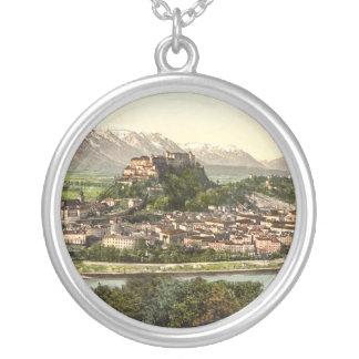 Castillo de Hohensalzburg, Salzburg, Austria Collar Plateado