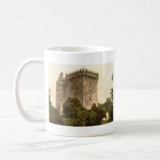 Castillo de la lisonja corcho del condado taza de café