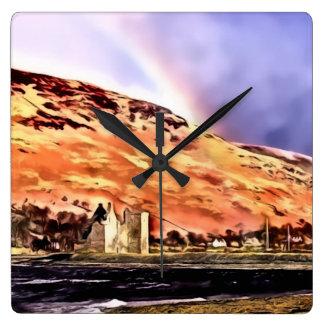 Castillo de Lochranza y reloj de pared cuadrado