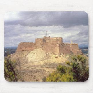 Castillo de Monzon, donde rey James pasó su infanc Alfombrilla De Ratones