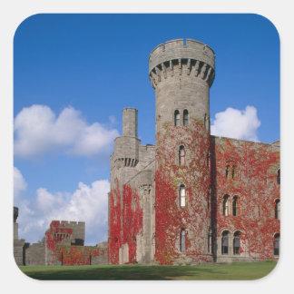 Castillo de Penrhyn, Gwynedd, País de Gales 3 Pegatina Cuadrada