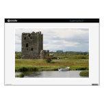 Castillo de Threave, Escocia, Reino Unido Skins Para Portátil