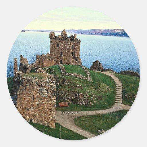 Castillo de Urquhart, Loch Ness, Escocia Pegatina Redonda