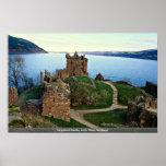Castillo de Urquhart, Loch Ness, Escocia Poster