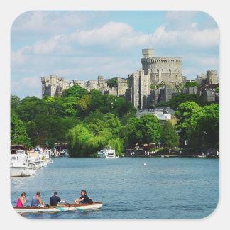 Castillo de Windsor del Thames Pegatina Cuadrada