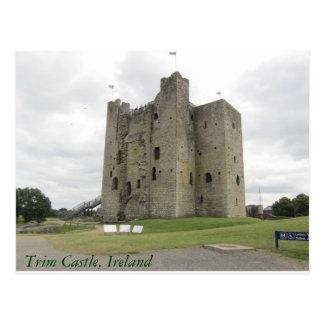 Castillo del ajuste tarjetas postales