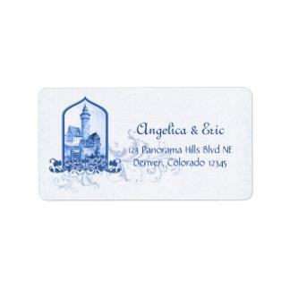 Castillo del azul real del cuento de hadas que cas etiquetas de dirección