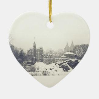 Castillo del belvedere en las vacaciones de invier ornamento de navidad