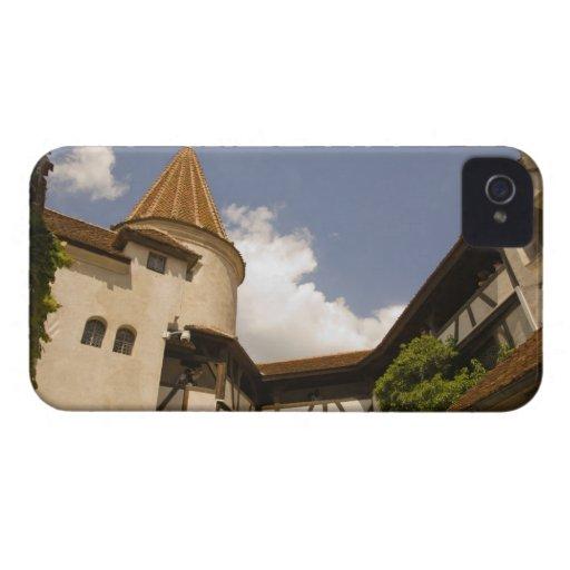 Castillo del siglo XIII del salvado (el castillo iPhone 4 Case-Mate Cárcasas