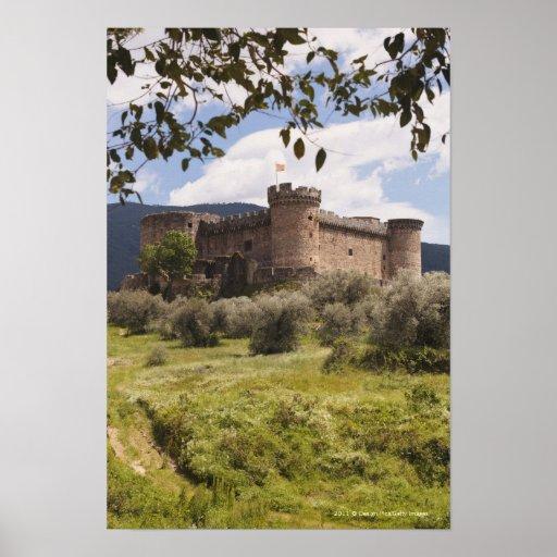 Castillo del siglo XV del duque Of Alburquerque Póster