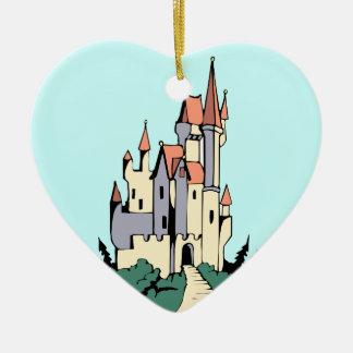 Castillo en colores pastel del cuento de hadas adorno de reyes