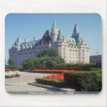 Castillo francés Laurier, Ottawa, Ontario, Canadá Alfombrillas De Raton