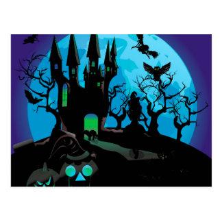Castillo frecuentado 4 de Halloween Tarjetas Postales