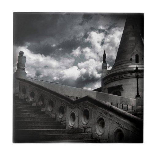 Castillo gótico blanco y negro Halloween Azulejo Cuadrado Pequeño