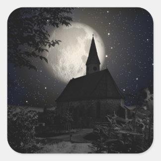 Castillo oscuro gótico en la luz de luna pegatina cuadrada
