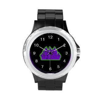Castillo púrpura y verde reloj de mano