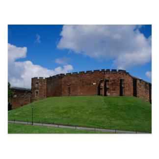 Castillo que muestra la torre de la media luna, tarjeta postal