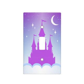 Castillo soñador de la noche en el cielo cubierta para interruptor