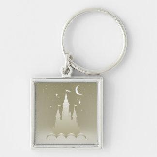 Castillo soñador de plata en el cielo estrellado llavero cuadrado plateado