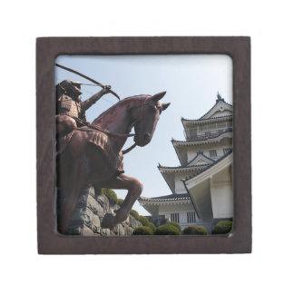 Castillo y guerrero japoneses en Chiba Caja De Regalo De Calidad