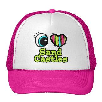 Castillos brillantes de la arena del amor del cora gorra