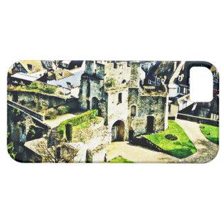 Castle in France near Paris iPhone SE/5/5s Case