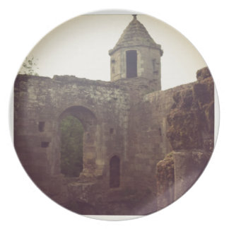 Castle Ruin Party Plates
