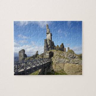 Castle Sinclair Girnigoe, Wick, Caithness, Puzzles