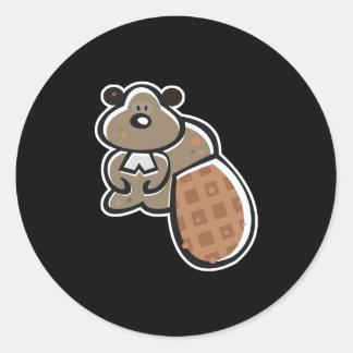 castor lindo del dibujo animado etiqueta redonda