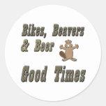 Castores y cerveza de las bicis pegatina