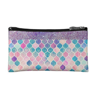 CASUAL AND STYLISH POUCH