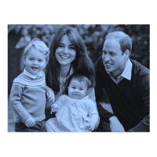 Casual Royals Kate William family 2015 Postcard