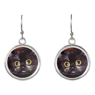 Cat Dracula Scaredy Cat Earrings