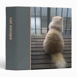 Cat Escape grey Binder