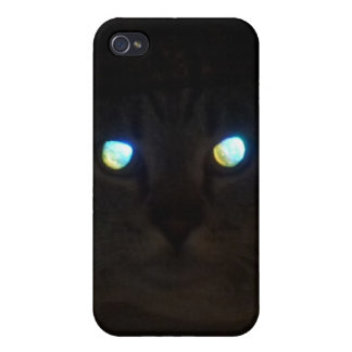 Cat Eyes a Glow iPhone 4/4S Cover