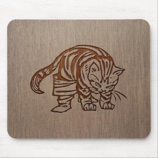 Cat illustration engraved on wood design mouse pad