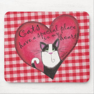 Cat in Heart with red and white gingham background Mouse Pad