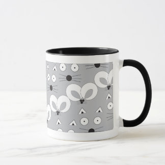 Cat & Mouse pattern mug grey