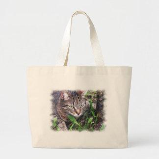 Cat on the prey jumbo tote bag