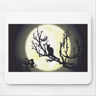 Cat on tree design mouse pad