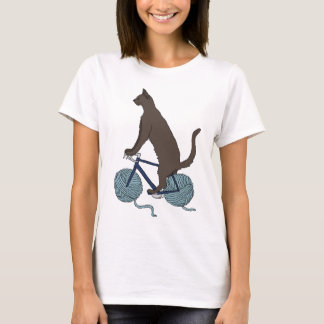 Cat Riding Bike With Yarn Ball Wheels T-Shirt