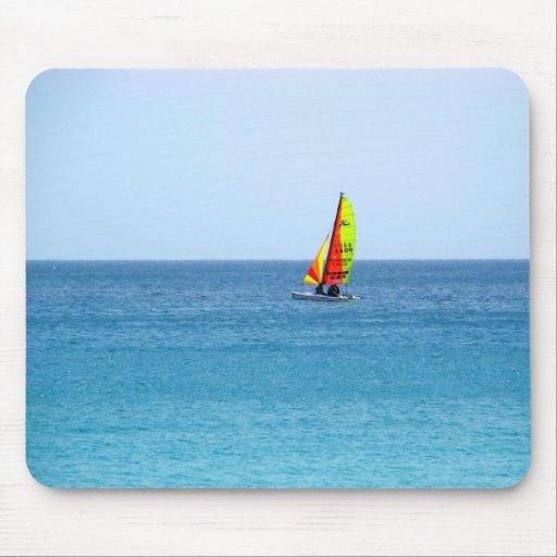 Catamarán en Fuerteventura. Tapetes De Ratón