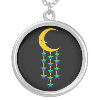 Catch a falling star round pendant necklace