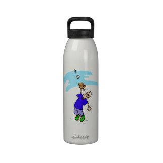 Catch fly ball water bottle