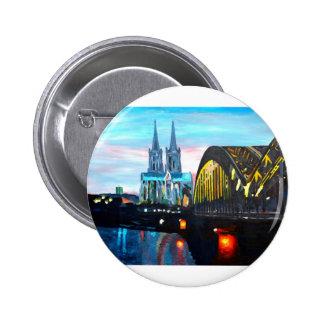 Catedral de Colonia con Hohenzollernbridge Pin Redondo De 2 Pulgadas