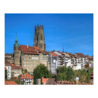 """Catedral de San Nicolás en Fribourg, Suiza Folleto 4.5"""" X 5.6"""""""