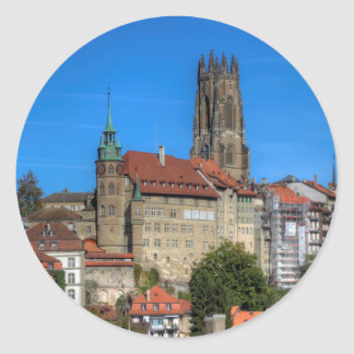 Catedral de San Nicolás en Fribourg, Suiza Pegatina Redonda